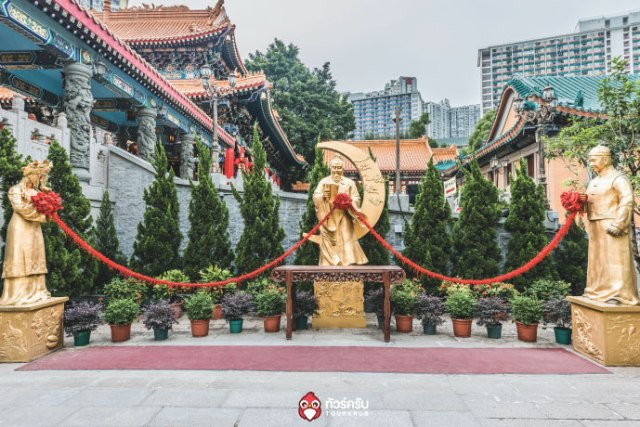 Hongkong-5-a-must-temple_02.jpg